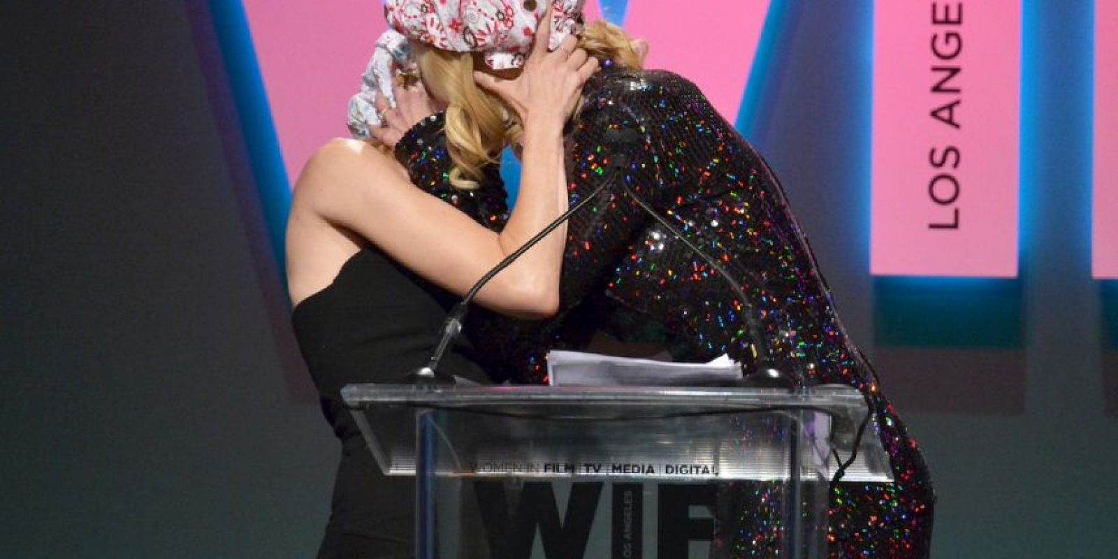 Nicole aprovechó los premios para sacar su lado feminista. Foto:Getty Images