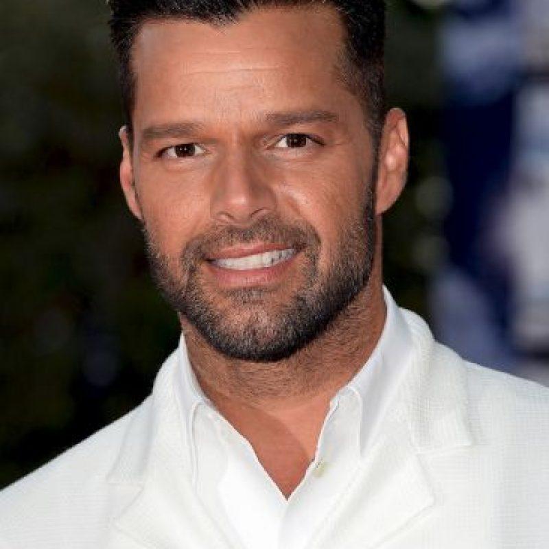 José Menéndez, uno de los personajes que llevaron a la fama el grupo en el que Ricky Martin inició su carrera fue acusado de hostigamiento sexual. Foto:Getty Images