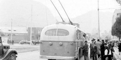 Durante mucho tiempo los trolebuses también fueron muy populares entre los bogotanos. Foto:Facebook / Fotos Antiguas de Bogotá