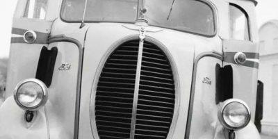 Los buses de la década de 1960. Foto:Facebook / Fotos Antiguas de Bogotá