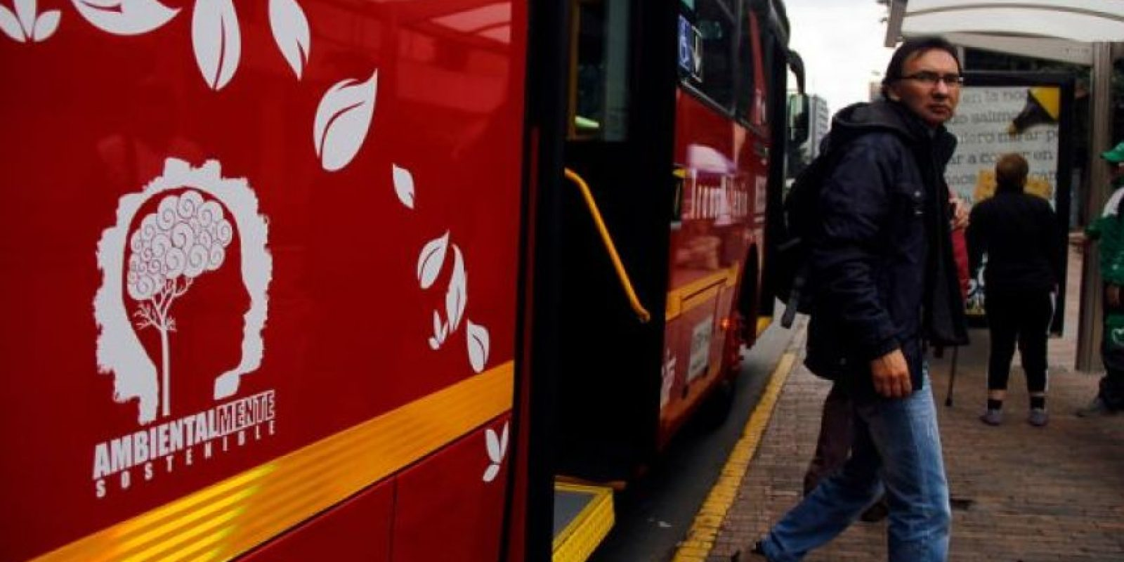 Hoy en día los buses híbridos de TransMilenio son amigables con el medio ambiente. Foto:Archivo Publimetro