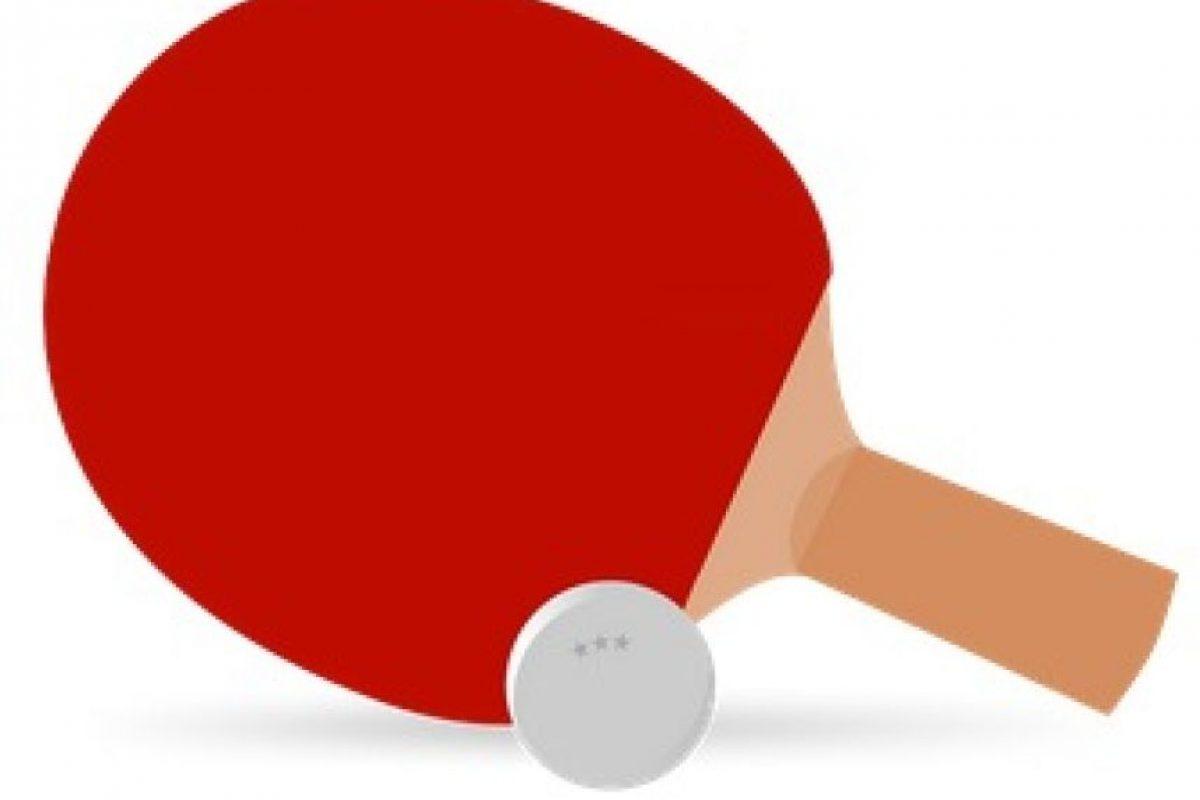Raqueta de paddel. Foto:emojipedia.org