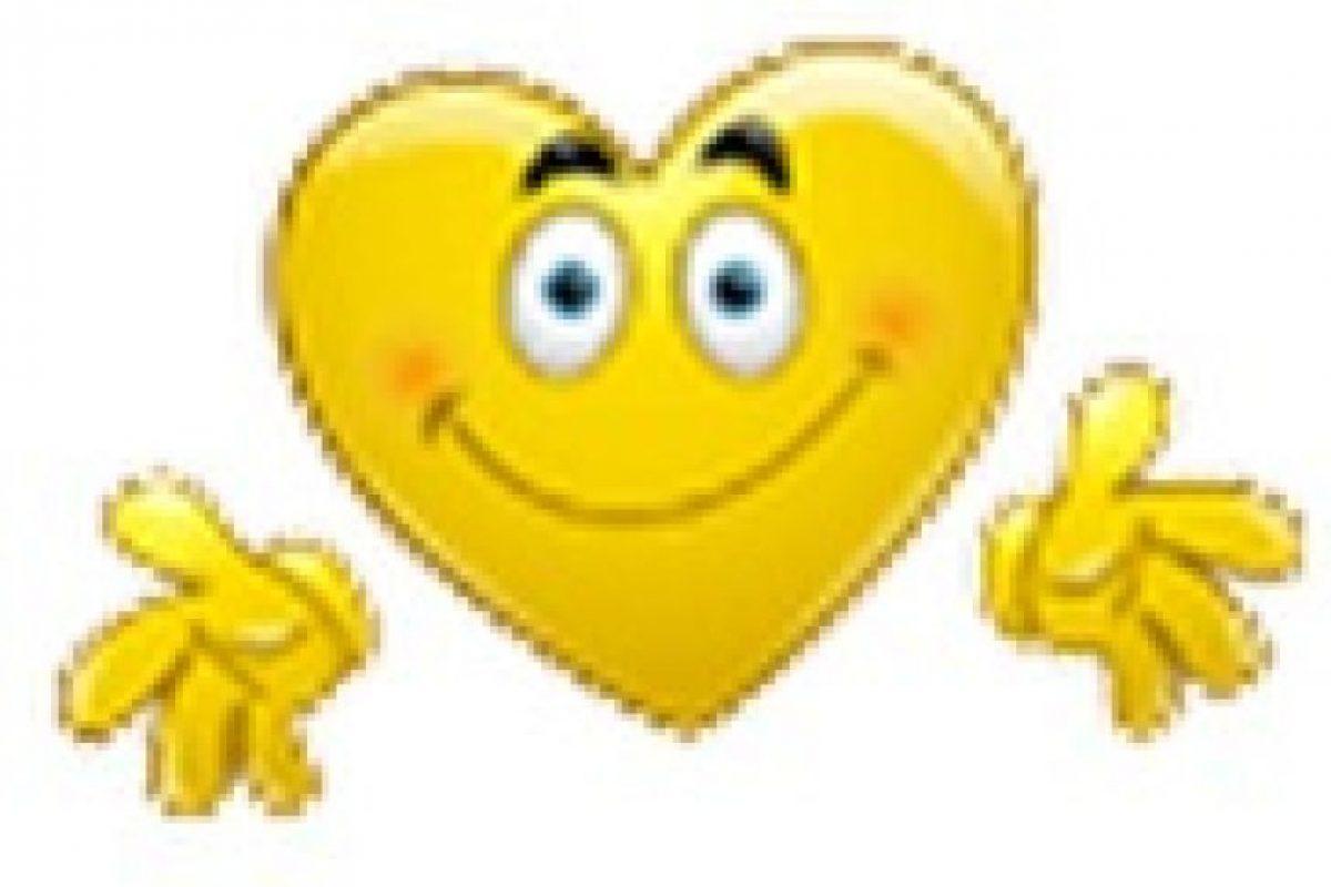 Rostro en forma de corazón y con manos. Foto:emojipedia.org