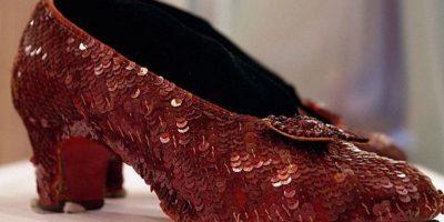 Los zapatos incluso fueron subastados. Foto:vía Getty Images