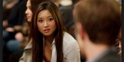 En la película dedicada a la red social, Saverin también tiene una novia de rasgos asiáticos de nombre Christy Lee, interpretada por Brenda Song. Foto:Wikicommons