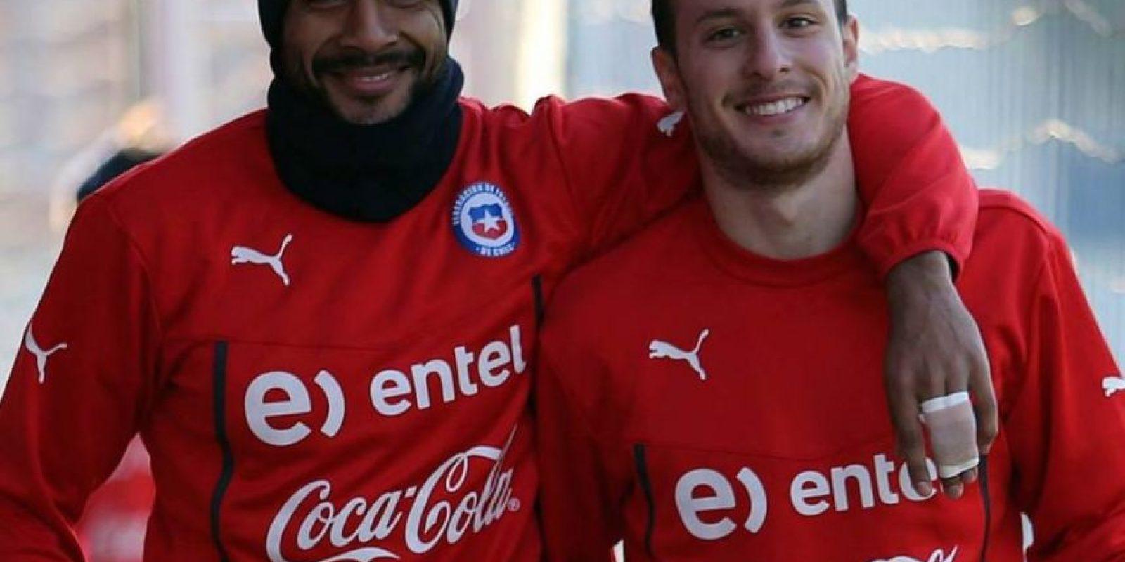 Este lindo delantero chileno sólo tiene 21 años. Foto:Vía facebook.com/SeleccionChilena