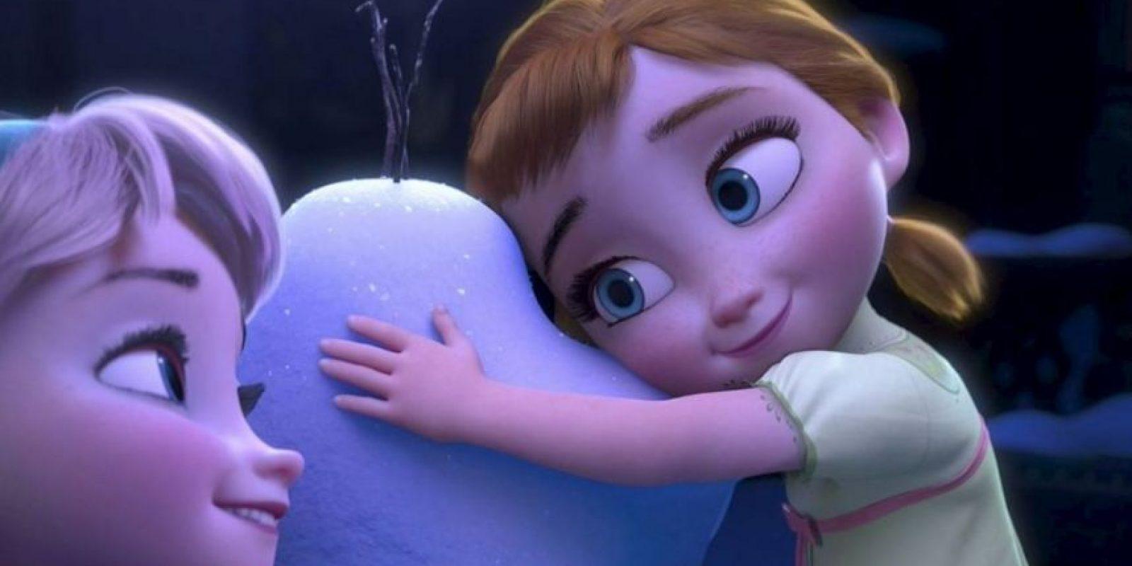 Según lo indicó la psicóloga Kia Keating, su éxito se debe a que los niños se identifican con los personajes Foto:vía facebook.com/DisneyFrozen
