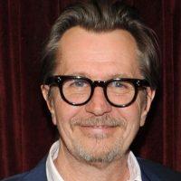 """Es otro de los grandes actores de Hollywood. Ha participado en """"Harry Potter"""" y en la última saga de """"Batman"""" de Christopher Nolan. Foto:vía Getty Images"""