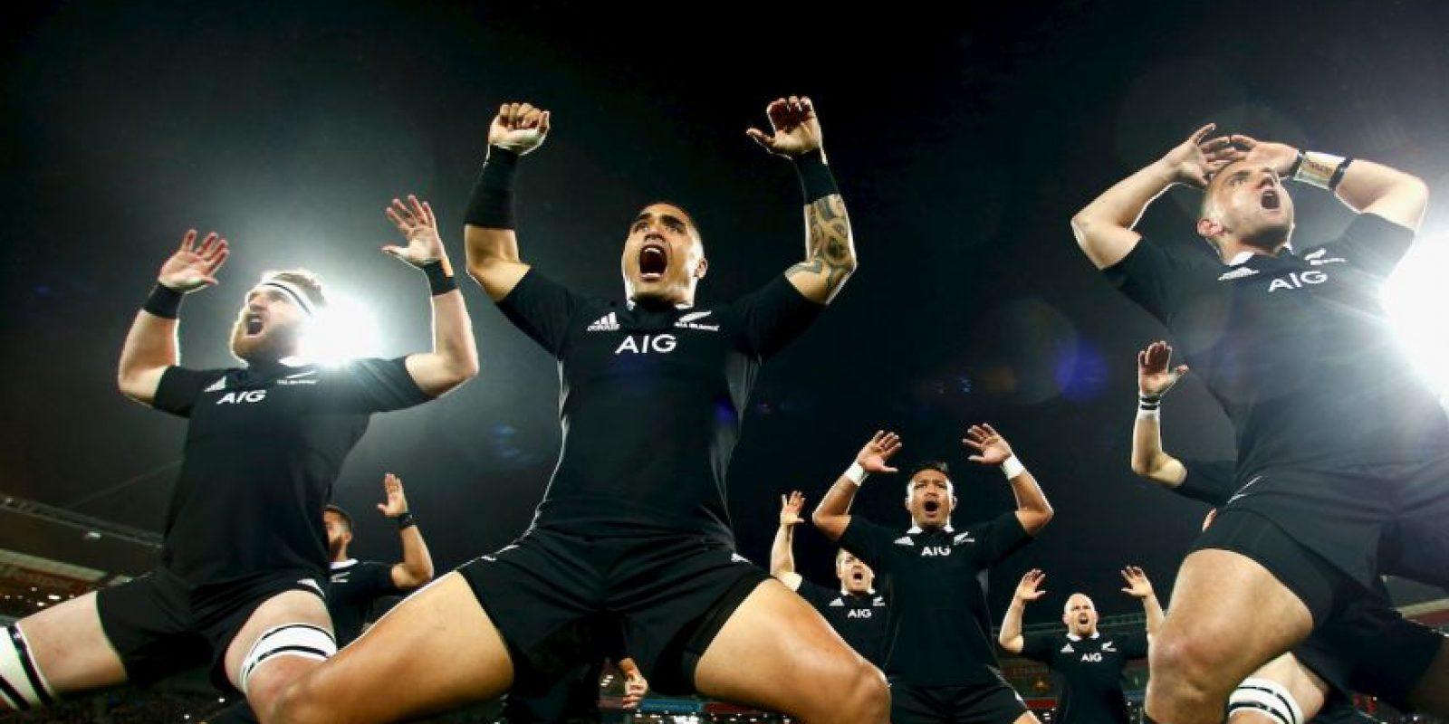 """En Nueva Zelanda el deporte que manda es el rugby, del cual son una potencia mundial y donde se han hecho famosos sus tradicionales """"hakas"""". Foto:Getty Images"""