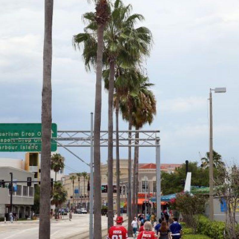La víctima se encontraba sola, caminando por Florida. Foto:Getty Images