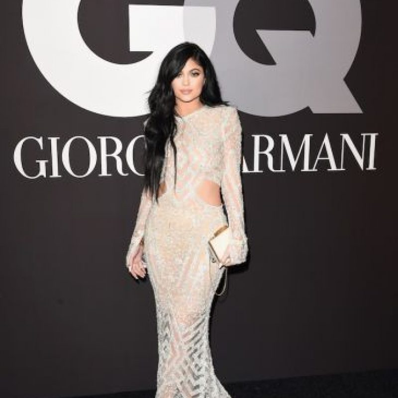 Aquí Kylie intentando llevar algo ligeramente transparente Foto:Getty Images
