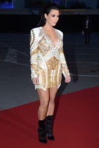 Kim con un vestido corto Foto:Getty Images