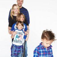 Melissa Joan Hart reunió a sus hijos y su esposo Mark Wilkerson en esta foto Foto:vía instagram.com/melissajoanhart/