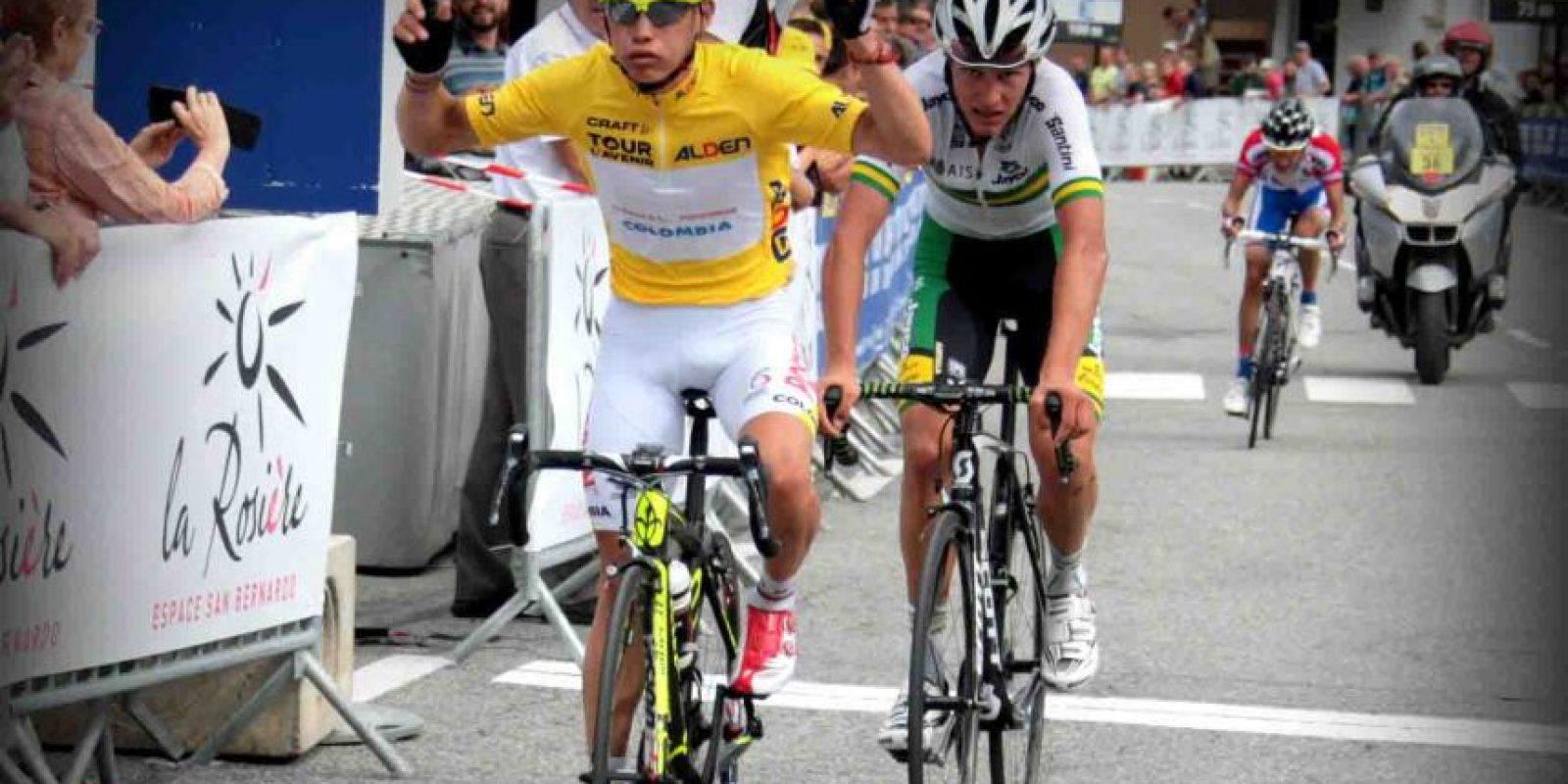 Miguel Ángel López (amarillo) fue contratado por el equipo Astana luego de vencer en el Tour del Avenir 2014. Foto:Tomada de coc.org.co