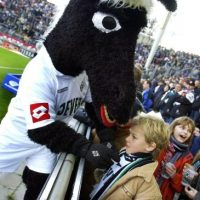 "Y Borussia Mönchengladbach tiene a ""Jünter the Foal"". Foto: Getty Images"