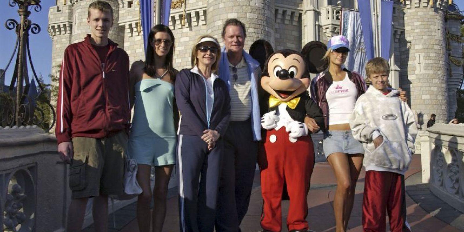 La exnovia de Conrad ha llegado a decir que el hermano de Paris Hilton tiene tendencias suicidas. Foto:Getty Images