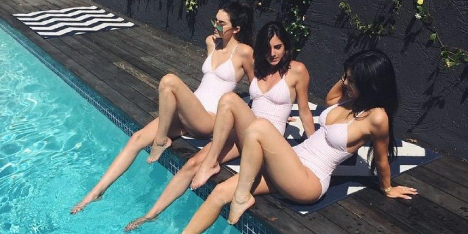Las tres amigas lucieron los mismos trajes de baño. Foto:Instagram/Lauren_perez