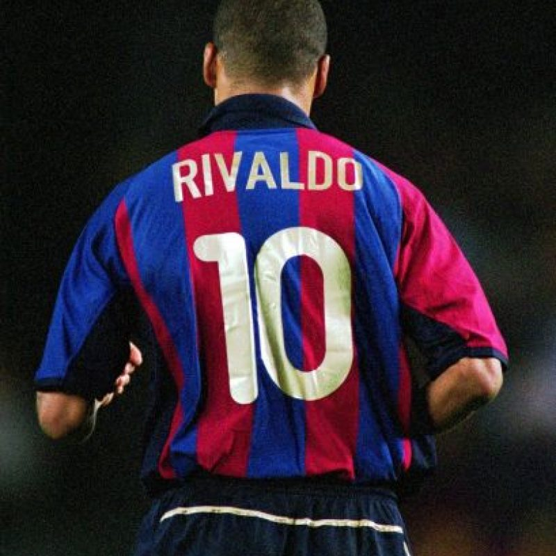 Rivaldo está de vuelta: a sus 43 años, el astro brasileño volverá a jugar fútbol de manera profesional. Foto:Getty Images