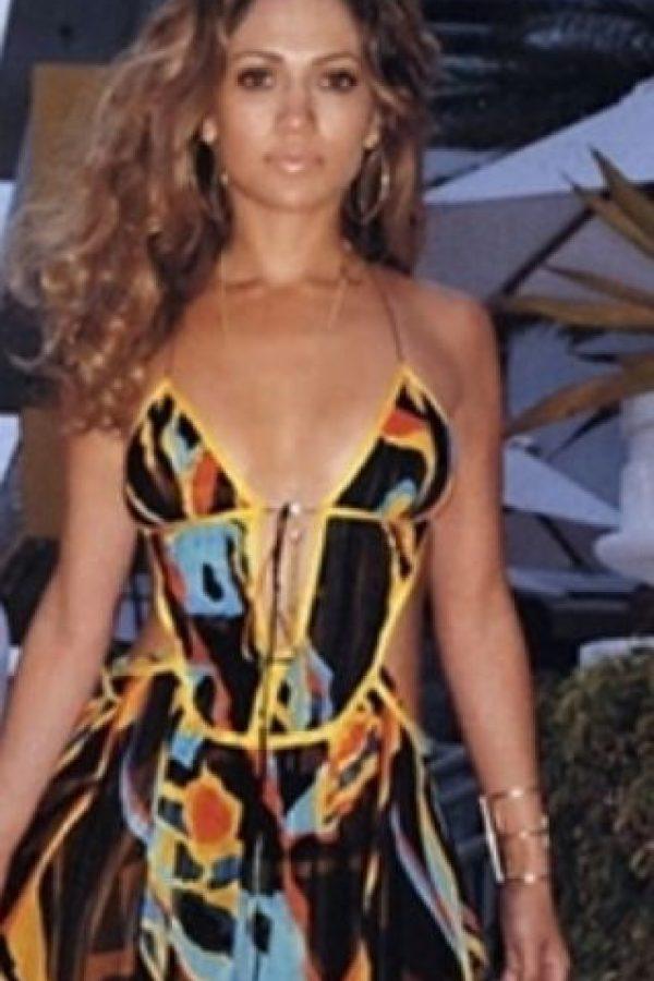 1. Aunque no lo crean, Beyoncé le copió a JLo todo en sus comienzos. Foto:vía Tumblr/CelebsCopyJLo