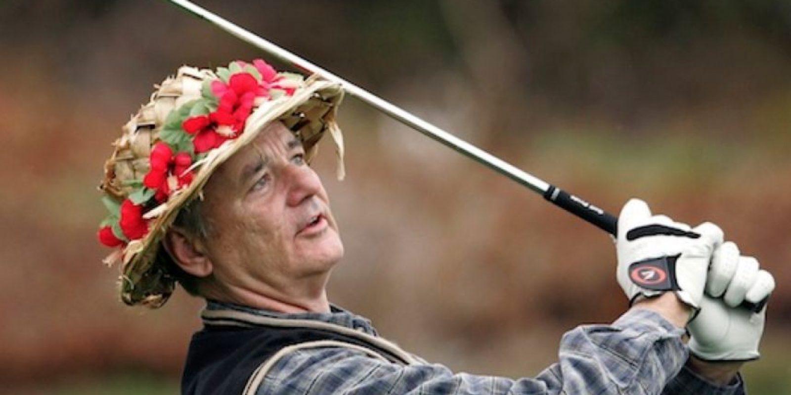 """Atrás, idiota, soy tu abuela"", dijo Bill Murray jugando golf. Foto:vía Getty Images"