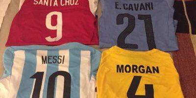 Wes Morgan, de Jamaica, buscó a cada uno de los referentes de las selecciones que enfrentó en la Copa América e hizo un intercambio de camisetas con ellos. Foto:Vía twitter.com/Wes5L1nk