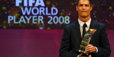 """""""CR7"""" a sus 28 años tenía 4 ligas (3 con el Manchester United, 1 con el Real Madrid). Foto:Getty Images"""