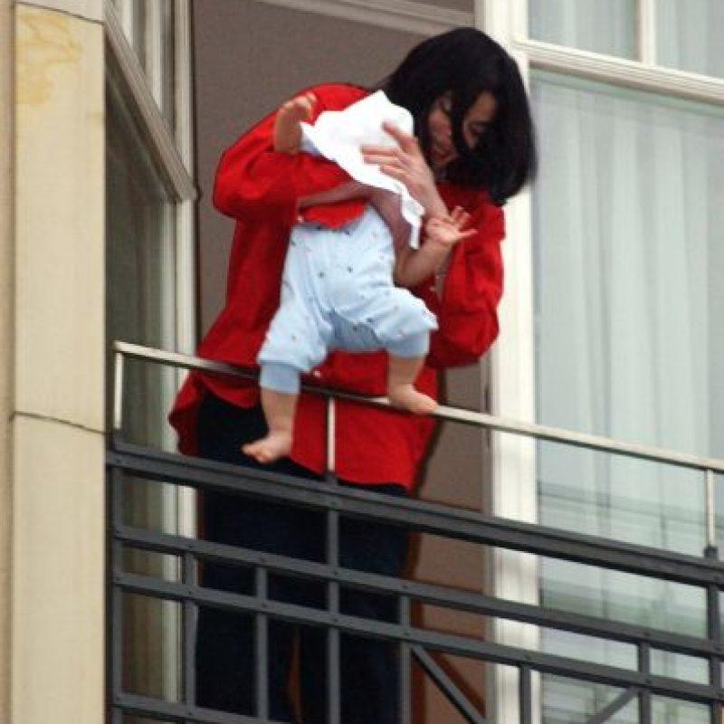 """8.- Al morir, encontraron varias notas con frases como: """"Los niños son inocentes"""". Foto:Getty Images"""