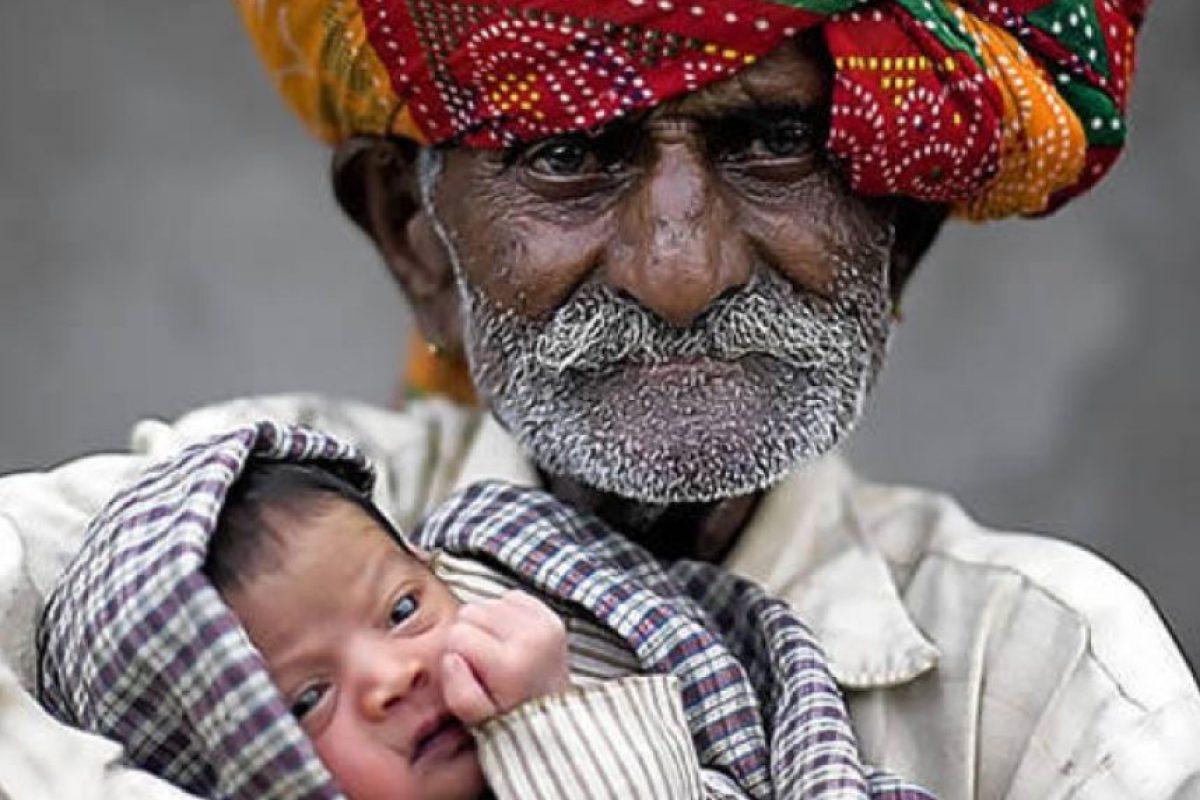 Nanu Ram Jogi es un hindú que asegura ser el papá más viejo del mundo, pues tiene 90 años y quiere tener más hijos hasta los 100.