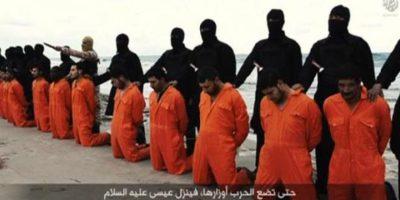 9. Decapitaciones masivas: Como la de 30 cristianos egipcios Foto:Twitter – Archivo