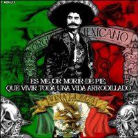 """""""Treinta años antes, México envió a mi padre a su país… o el """"Norte"""", como le llamamos. No es un secreto para nadie que cruzó la frontera ilegalmente y vino indocumentado. Trabajó muy duro en los campos y viajó de estado a estado para mantener a los suyos. Para cuando yo nací, no solo tenía el título de proveedor, hermano, e hijo. También tenía el título de padre"""". Foto:vía Fotolog/P.Morales"""