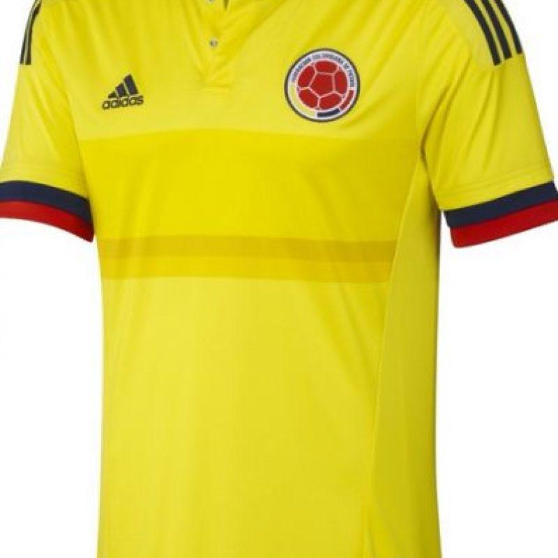 Incautan cargamento de camisetas de la Selección Colombia