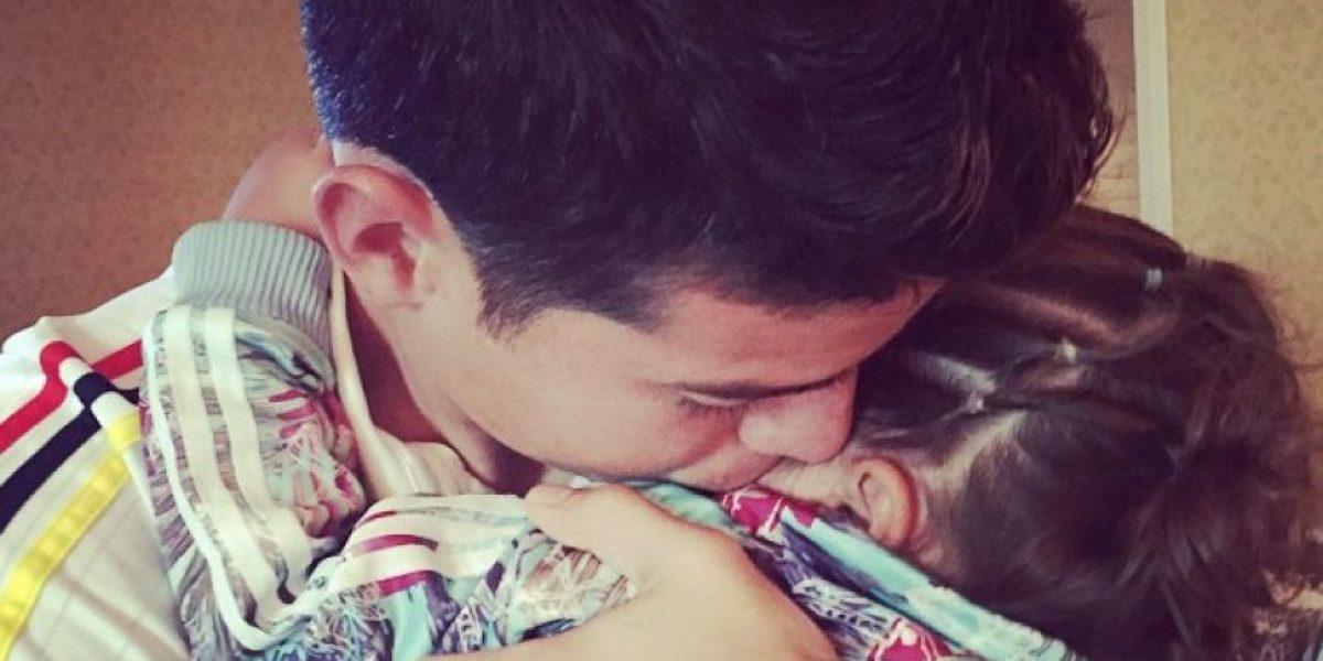 Tierna imagen de James Rodríguez con su hija conmueve las redes sociales