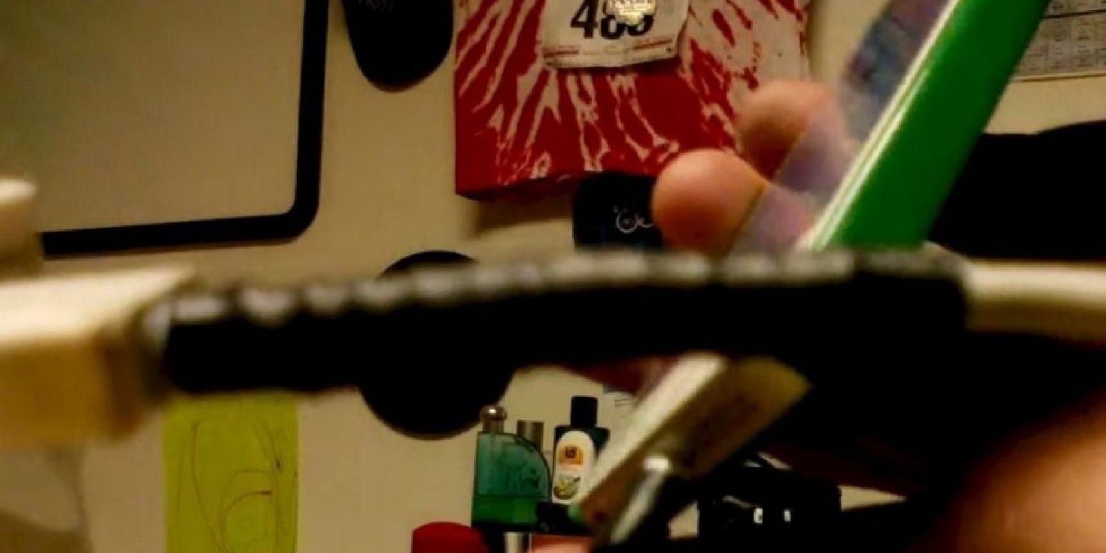 8) Con un resorte reforzado con un sorbete fundido con un encendedor. Foto:YouTube