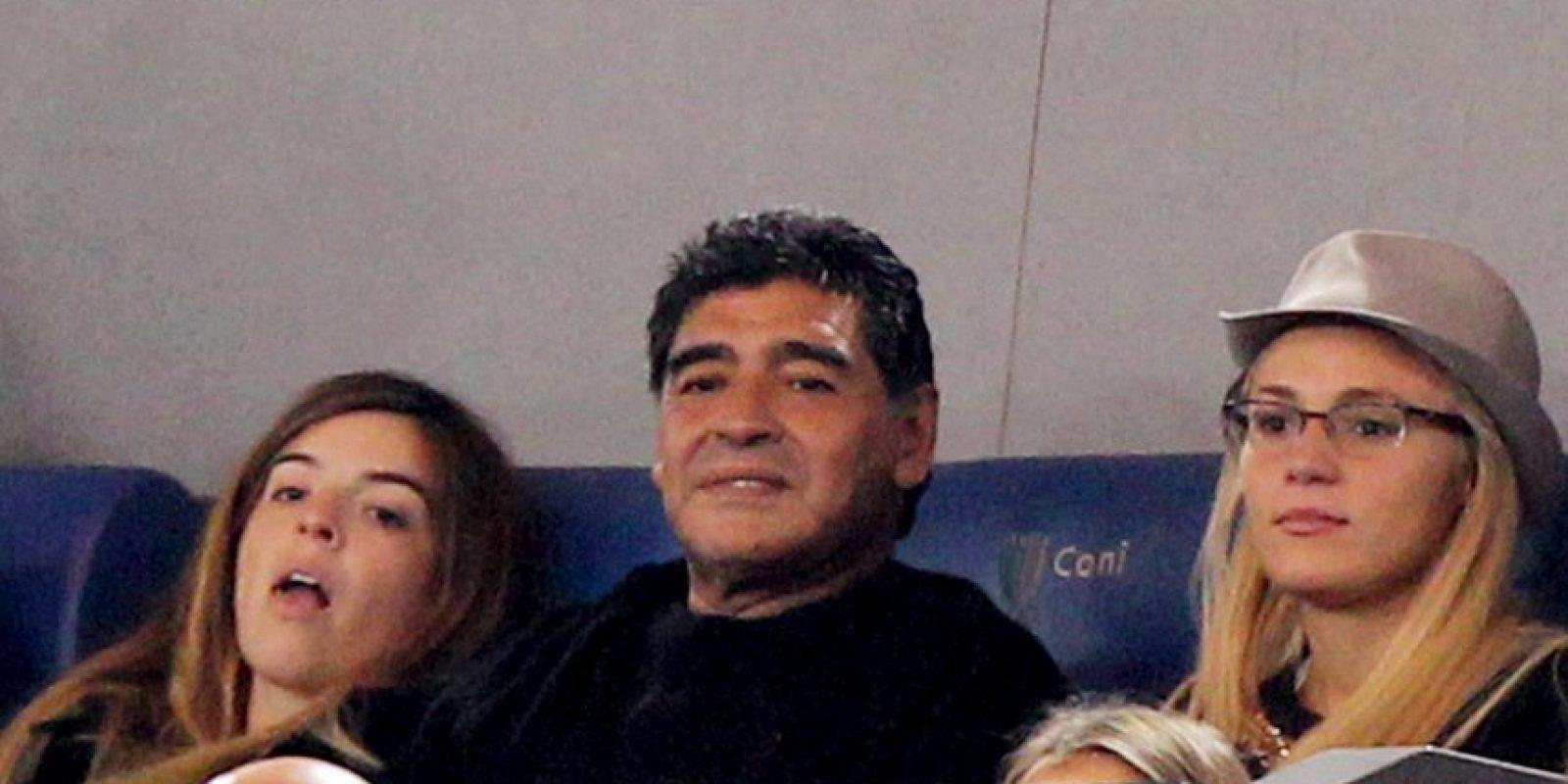 "La discordia comenzó cuando Vanessa, esposa del ""Chino"", golpeó a Rocío Oliva, novia de Maradona. Foto:Getty Images"