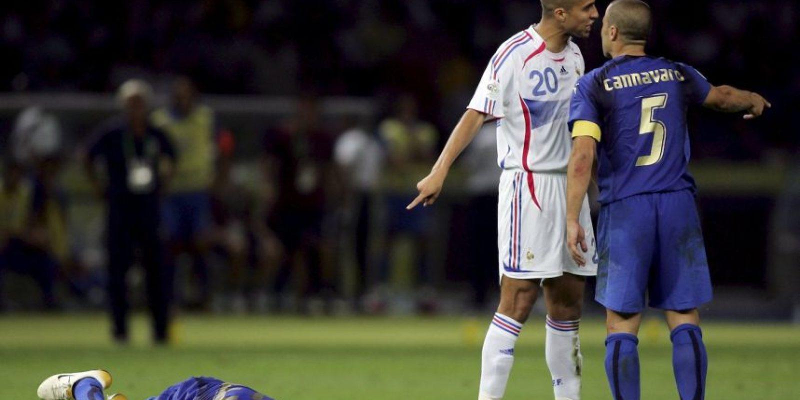 """En la final del Mundial de 2006, Marco Materazzi sacó de sus casillas a """"Zizou"""", quien le dio un cabezazo en el pecho y se fue expulsado Foto:Getty Images"""