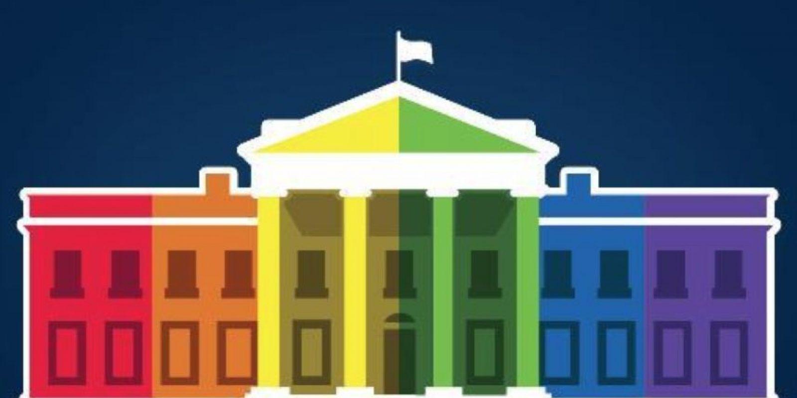 Instituciones y empresas cambiaron sus logos en apoyo a la aprobación del matrimonio gay. Foto:Vía Twitter @WhiteHouse