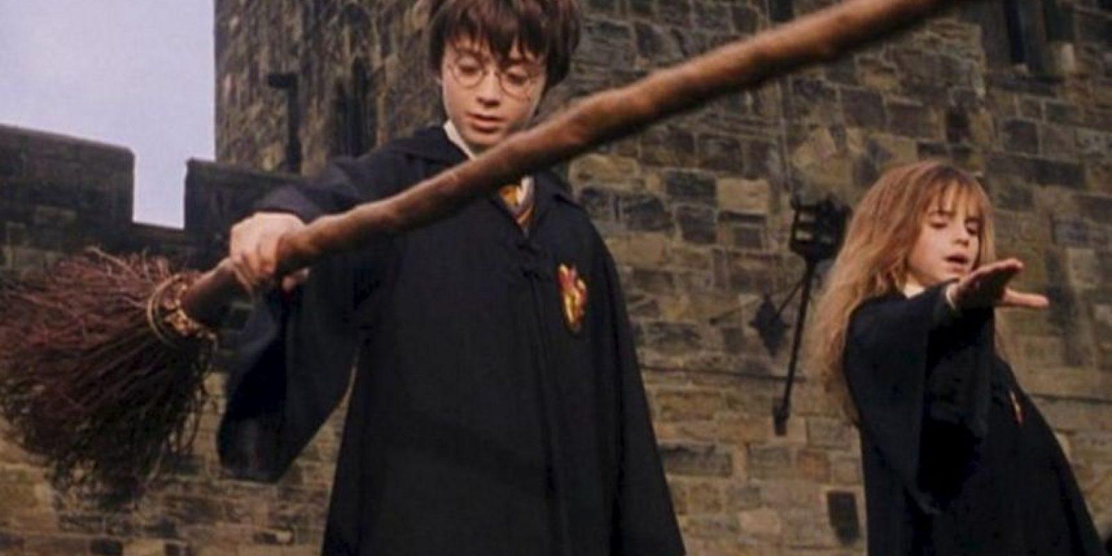 JK Rowling aprobó el guión, escrito por Steven Kloves, antes de comenzar la producción Foto:Warner Bros