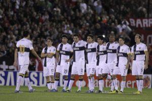 Apenas en 2013, Newells Old Boys y Boca Juniors protagonizaron una tanda de penales tan memorable como infartante. En semifinales de la Copa Libertadores cada equipo tiró ¡13 penales! Foto:Getty Images