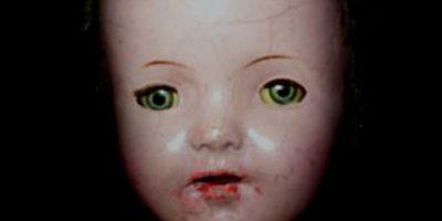 Joliet: hace parte de una monstruosa herencia. La muñeca viene de una familia y fue heredada de madre a hija durante cuatro generaciones. Foto:vía Haunted America Tours