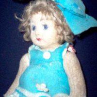 Pupa: fue una muñeca creada en la época de 1920 y basada en la apariencia de su propietaria, que afirmó que esta una vez le habló. Foto:vía Haunted America Tours