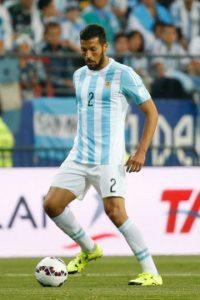 De los más confiables en la zaga del equipo albiceleste y también cumplió en la tanda de penales. Foto:Getty Images