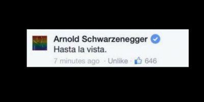 """Pero Arnold lo despachó a su estilo. Le dijo """"Hasta la vista"""", al estilo de """"Terminator"""". Y el gesto se hizo viral. Foto:vía Facebook"""