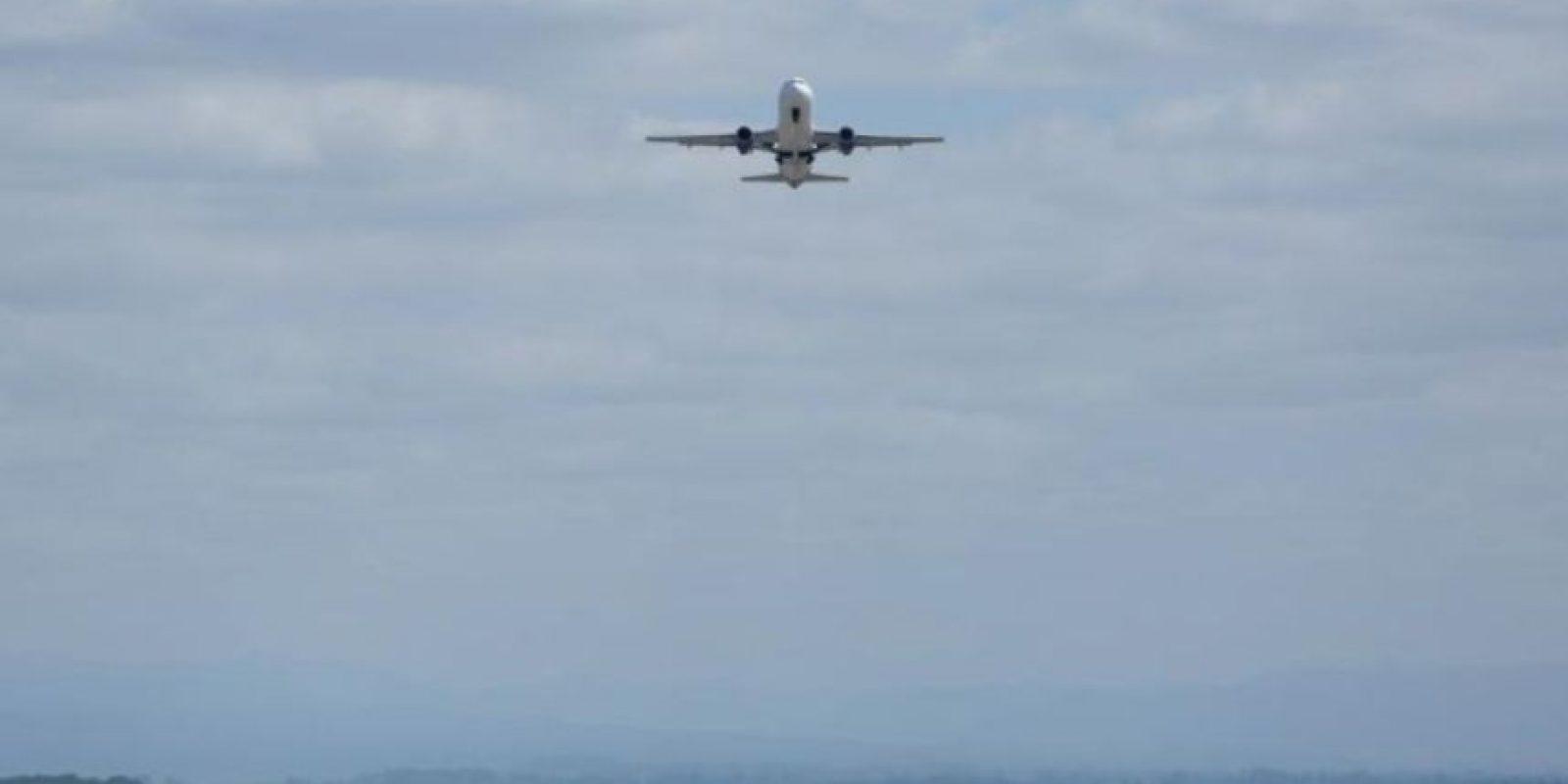 Usar la regla del +3 -8: el 80 por ciento de los accidentes aéreos ocurren en esos minutos; es decir, los tres primeros minutos del despegue y los últimos ocho antes del aterrizaje. Foto:vía MorgueFile