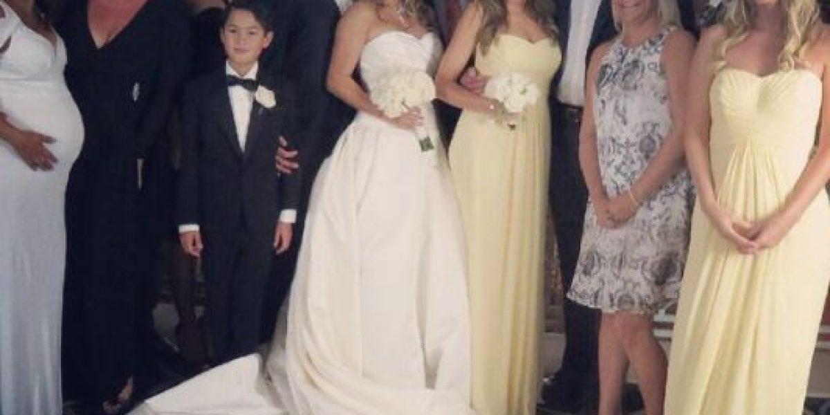 FOTOS: Sofía Vergara deslumbra con su atuendo en boda de una amiga