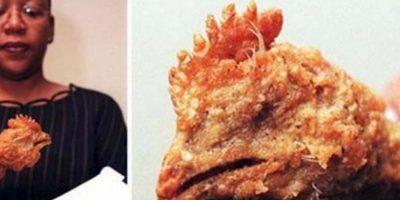 Pollo freído con cabeza y todo. Foto:vía Epic Fail