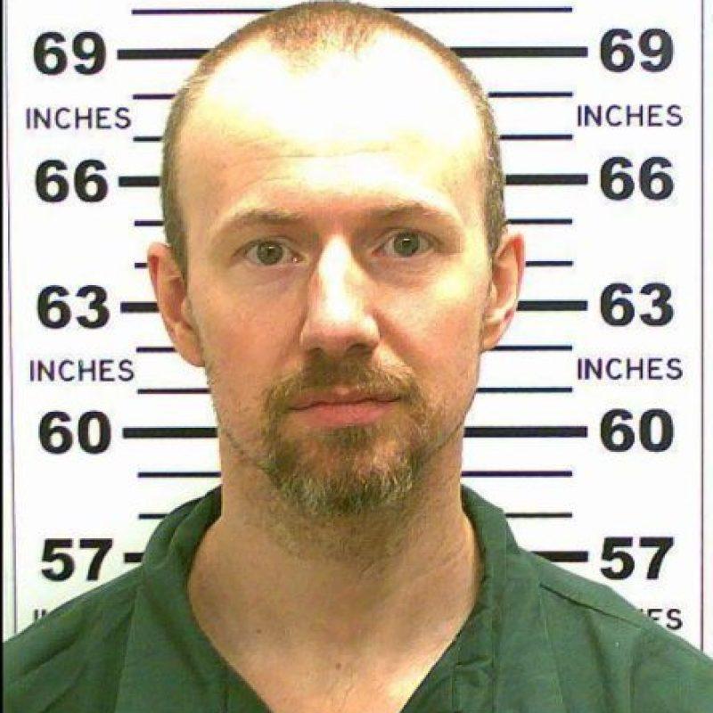 David Sweat fue trasladado a un hospital tras recibir dos balazos de parte de Cook. Foto:Vía facebook.com/nyspolice