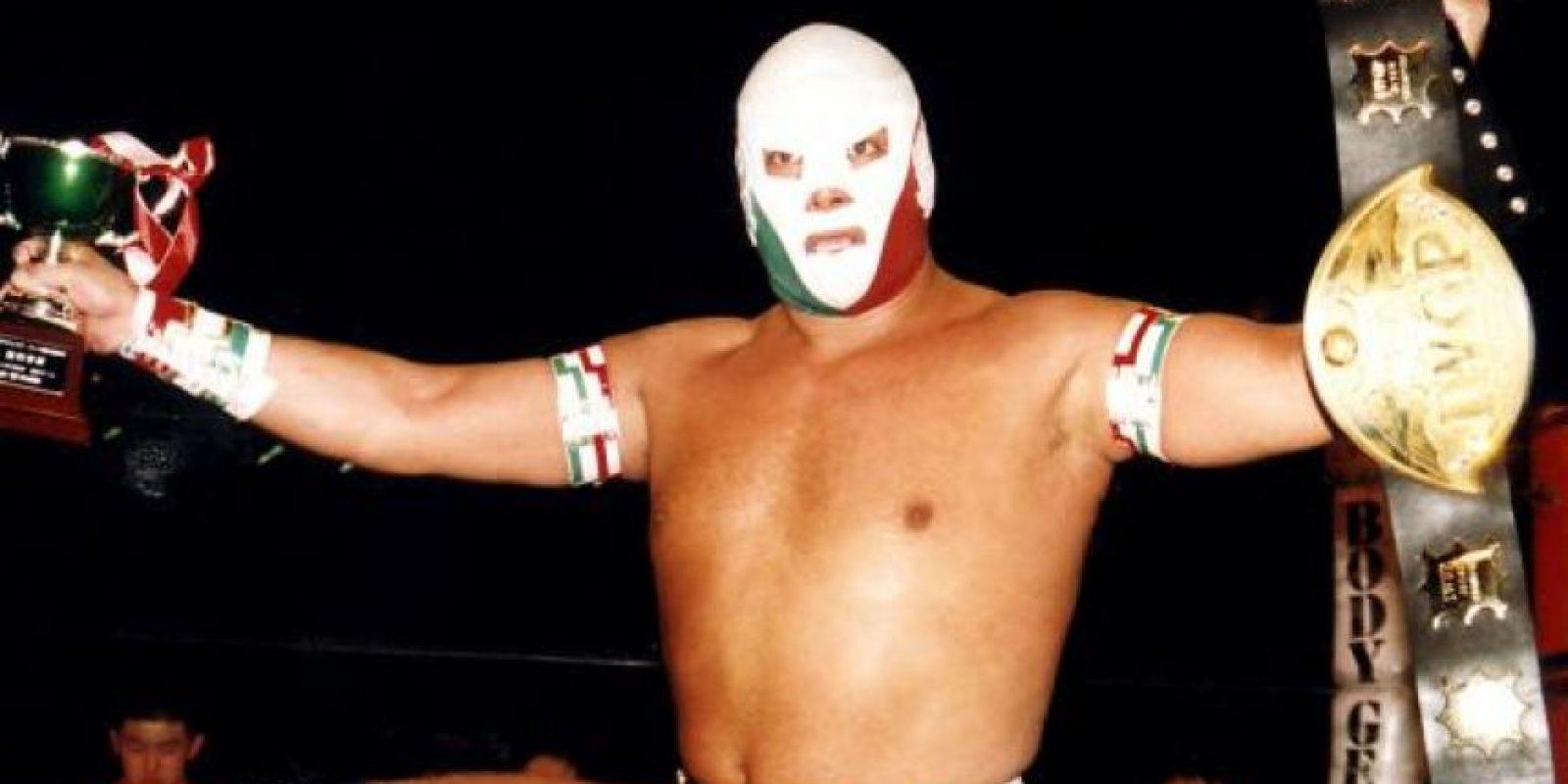 """Dr. Wagner. Es uno de los luchadores más populares de México. """"En mi casa y con mi gente, se me respeta"""", es la frase que ha patentado"""