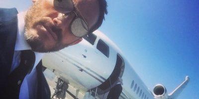 Es el bodyguard del director creativo de Chanel, Karl Lagereld. Foto:Vía Instagram.com/bentoub