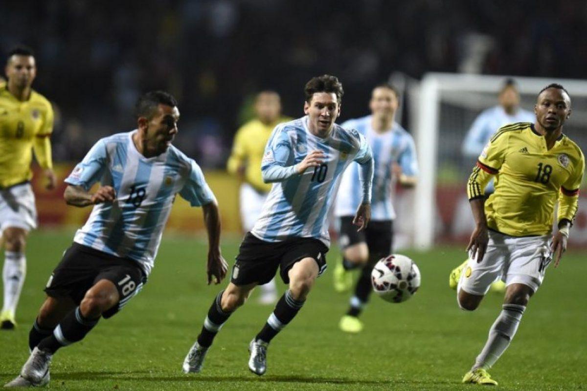 Chile y Argentina se han enfrentado en 37 partidos oficiales Foto:AFP