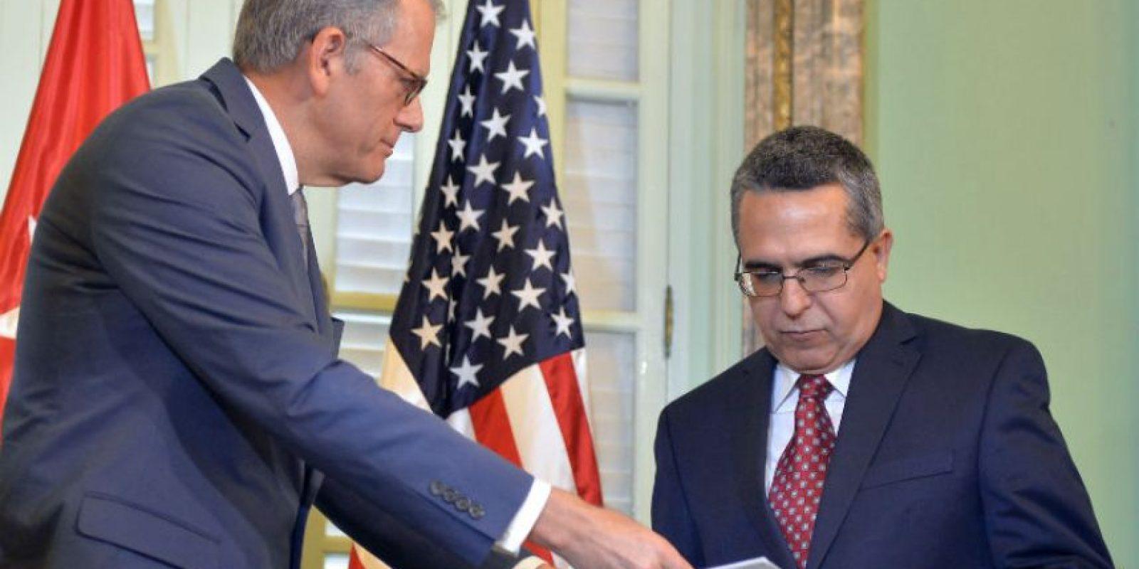 En la que confirma la decisión de restablecer las relaciones diplomáticas entre los dos países así como sus embajadas. Foto:AFP